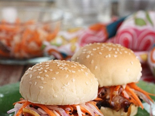 Spicy Asian Slaw Burger