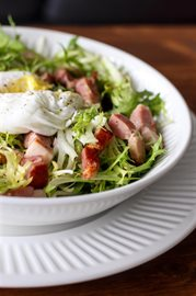 Salade Lyonnaise… for a fresh French lunch
